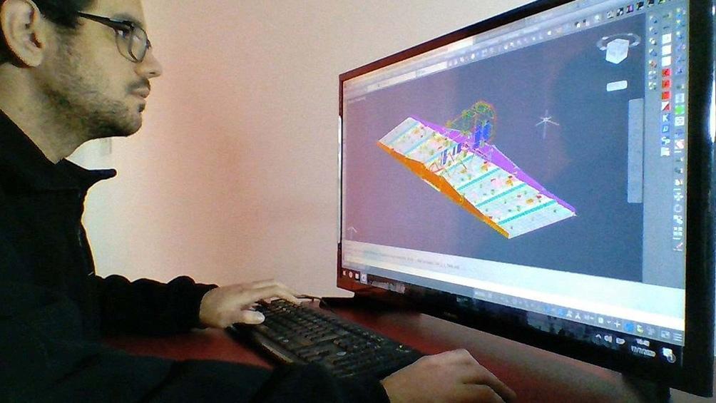Los ingenieros del GEMA se encuentran realizando pruebas de simulacro.