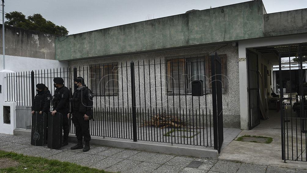 Los hechos investigados ocurrieron entre las 4 y las 4.50 de la madrugada del 17 de julio del pasado año, cuando cinco ladrones ingresaron por tercera vez en la misma noche a robar a la vivienda de Ríos.
