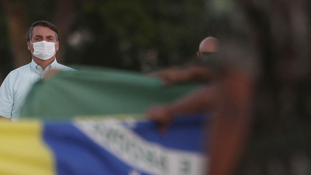 Simpatizantes le piden al presidente que intervenga con las Fuerzas Armadas para obstruir los decretos de cuarentenas