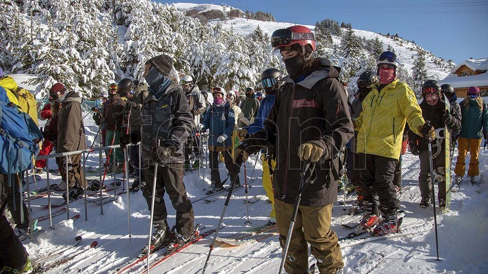 Los paradores de montaña tendrán carácter de refugio, para ofrecer servicios sanitarios y un espacio de resguardo.