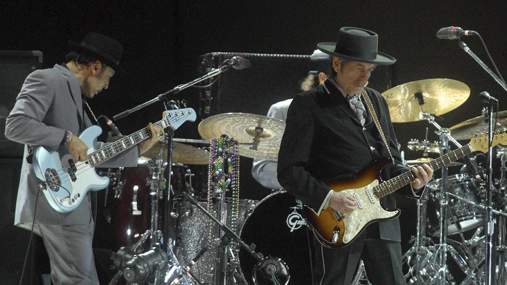 Dylan que este mes cumplió 80 años, dio su último concierto en vivo a finales de 2019