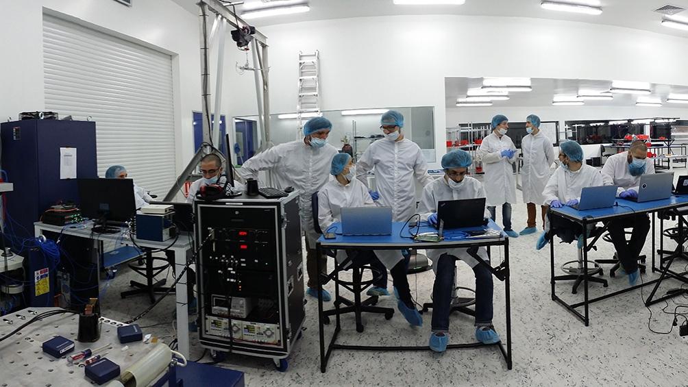 La empresa tiene más de 200 empleados distribuidos en varios países. Más de 180 son ingenieros.