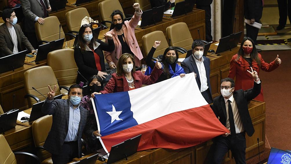 Chile vive una crisis económica, social y sanitaria generado por la pandemia