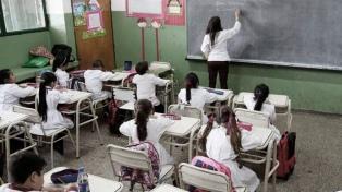 """Avances en comprensión lectora de los alumnos argentinos y retroceso en """"equidad de género"""""""