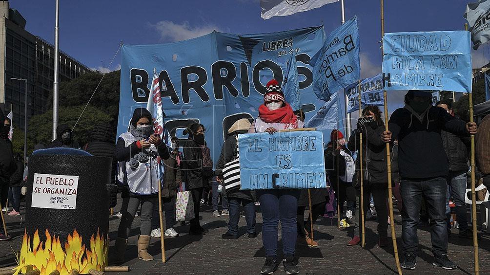 Los trabajadores de los hospitales de la Ciudad de Buenos Aires se movilizan en el marco de un paro de actividades.
