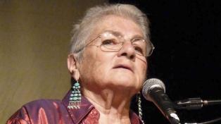"""Margaret Randall: """"Los grandes poderes se encargan de borrarnos la memoria"""""""