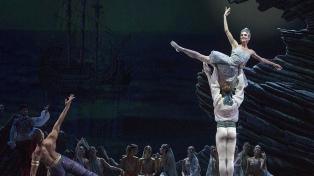 """El Colón transmitirá el domingo una deslumbrante versión del ballet """"El corsario"""""""