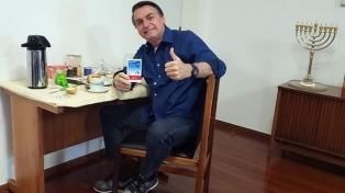 """Bolsonaro dijo que hacer distanciamiento por el coronavirus es cosa de """"débiles"""""""