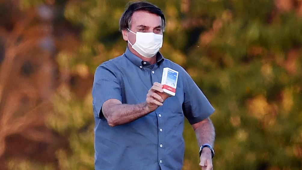 Bolsonaro repitió su ataque al aislamiento social y recomendó el consumo de hidroxicloroquina.