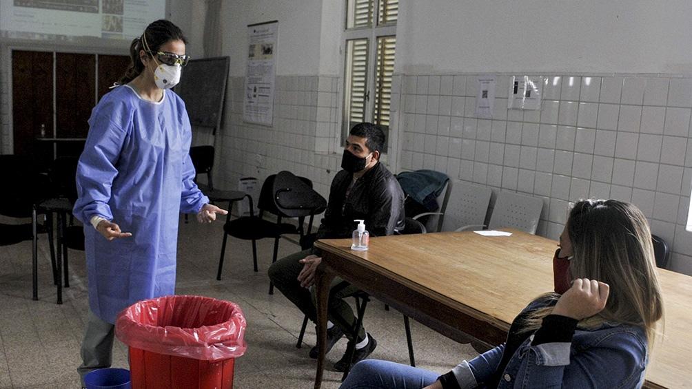 Uno de los primeros objetivos fue enseñar a todo el personal del hospital a lavarse las manos