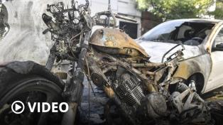 """Un total de 14 vehículos se prendieron fuego e investigan si fueron """"quemacoches"""""""