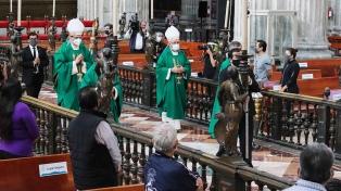 A pesar de que la pandemia sigue golpeando, la Iglesia mexicana reanudó las misas presenciales