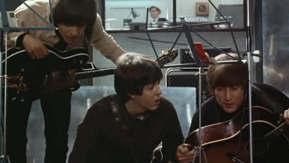 """George,  Paul y John en """"Help!""""."""