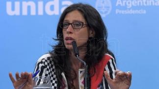 Paula Español, Secretaria de Comercio Interior.