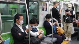 Tokio vuelve a cerrar bares tras récord de casos en la ciudad y en todo Japón