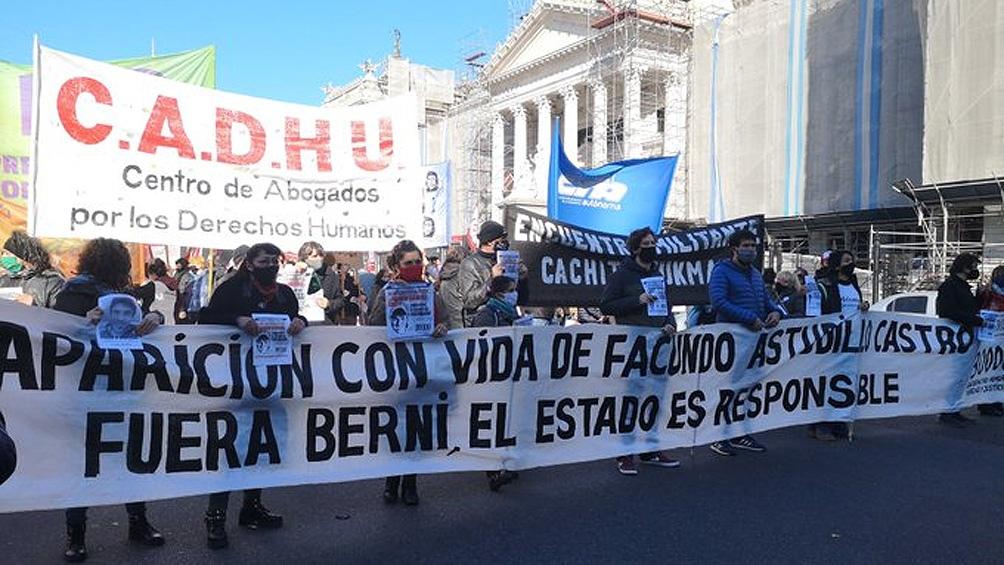 Marcha por la aparición con vida de Facundo Astudillo Castro ...