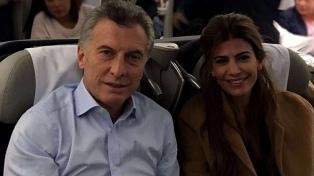Nuevo viaje de Macri al exterior: voló con su familia a Francia y luego irá a Suiza