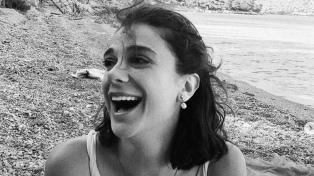 Detrás del desafío de las fotos en blanco y negro se esconde una lucha feminista turca