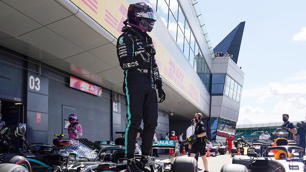 Hamilton dominó la clasificación en Monza, con récord de pista y personal