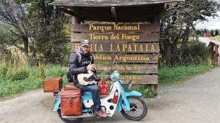 El youtuber viajero con más audiencia que la televisión quedó varado en Ushuaia