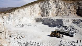 """Carlocchia: """"No queremos la minería contaminante ni tampoco hacer un proyecto encima de un glaciar"""""""