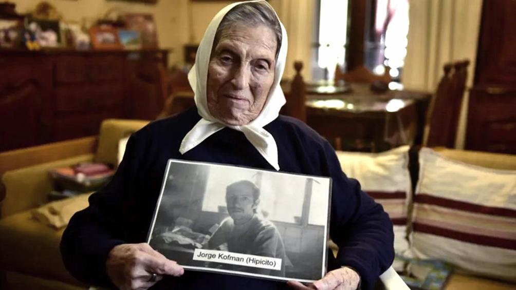 Celina Zeigner de Kofman, referente de Madres de Plaza de Mayo de Santa Fe, falleció hoy en esa ciudad a los 96 años