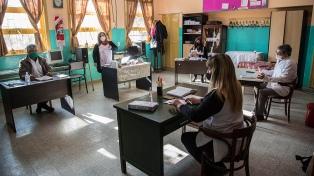 Gremios y ministros provinciales analizarán el regreso de las actividades educativas