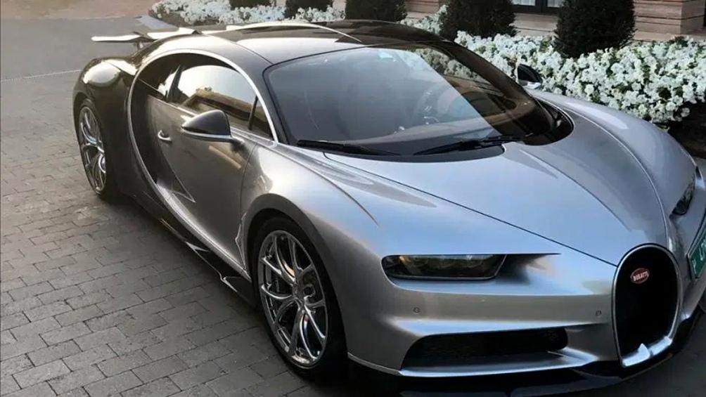 El portugués, feliz con su Bugatti Centodieci