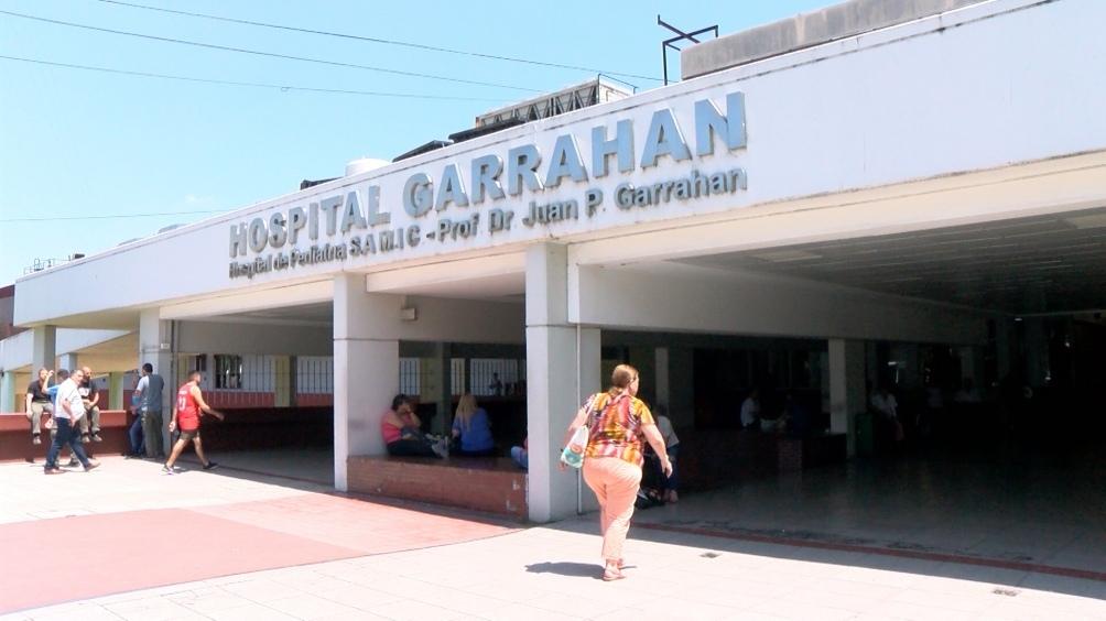 .En la reunión con el ministro de Salud participaron sindicatos y directivos del hospital.