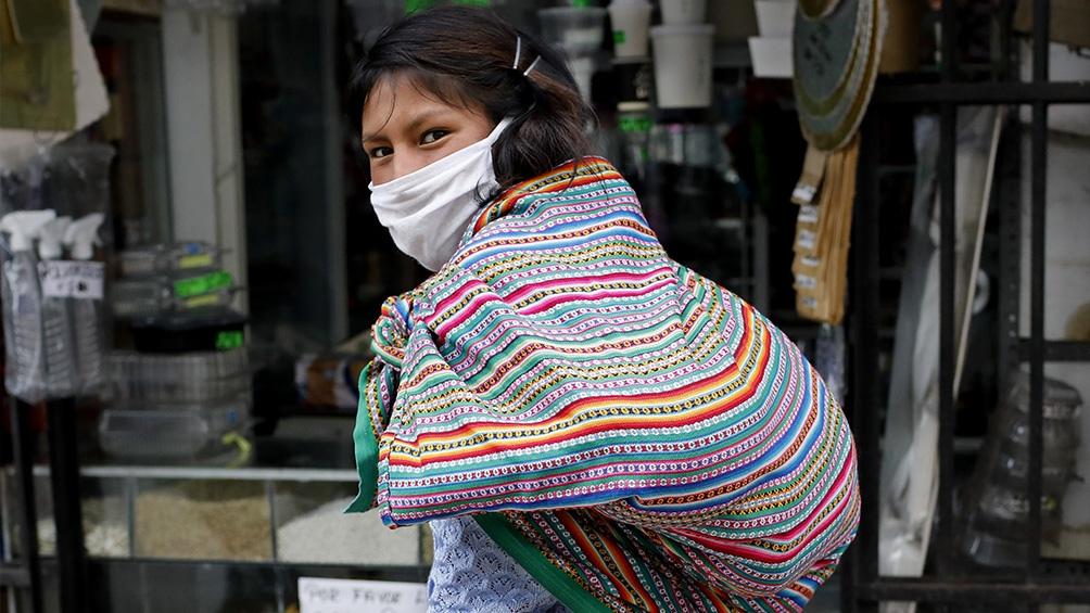Perú reporta 979.111 casos confirmados desde el inicio de la pandemia