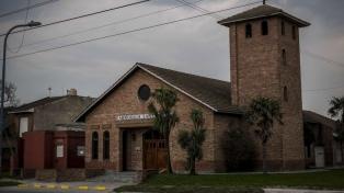 La comunidad eclesiástica, golpeada por la muerte por coronavirus de una colaboradora