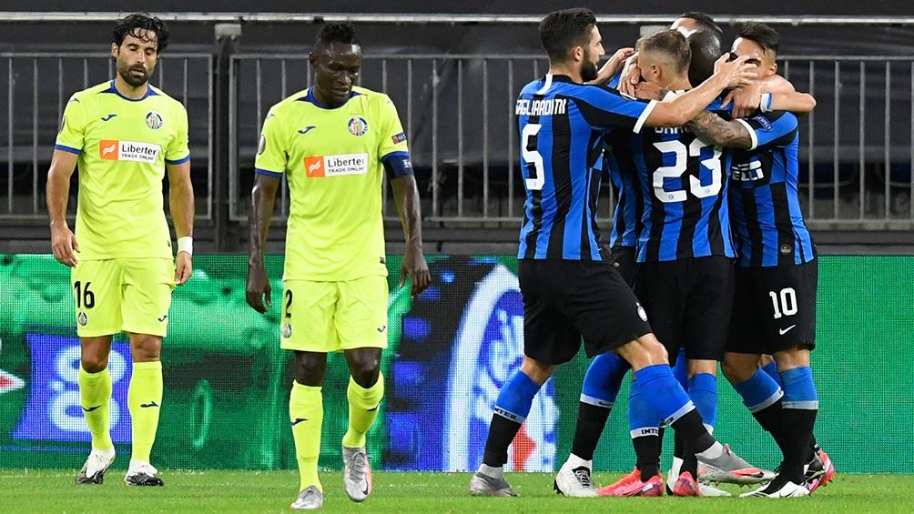Inter, con Lautaro Martínez ingrsado en el complemento, venció 2 a 0 al Getafe y avanza en la EL (Foto: DPA)