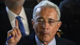 """Uribe se declara listo para ir a la cárcel y EEUU lo llama """"héroe"""" y pide el fin de su arresto"""