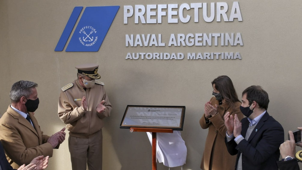 """La ministra de Seguridad, Sabina Frederic, inauguró el """"Centro de Gestión de Tráfico Marítimo"""""""