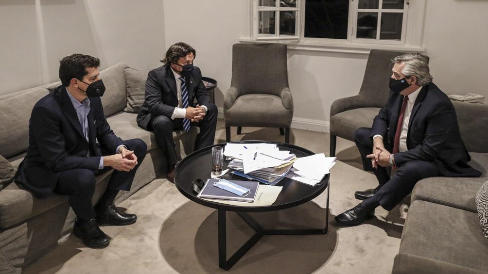 Alberto Fernandez con Wado de Pedro y Gustavo Sáenz gobernador de Salta