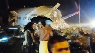 Al menos 50 heridos y 11 muertos al salirse de pista un avión con 191 pasajeros