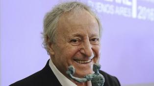 """Roberto Carnaghi: """"Recuerdo un perfume de teatro, de camarín, de calle Corrientes..."""""""
