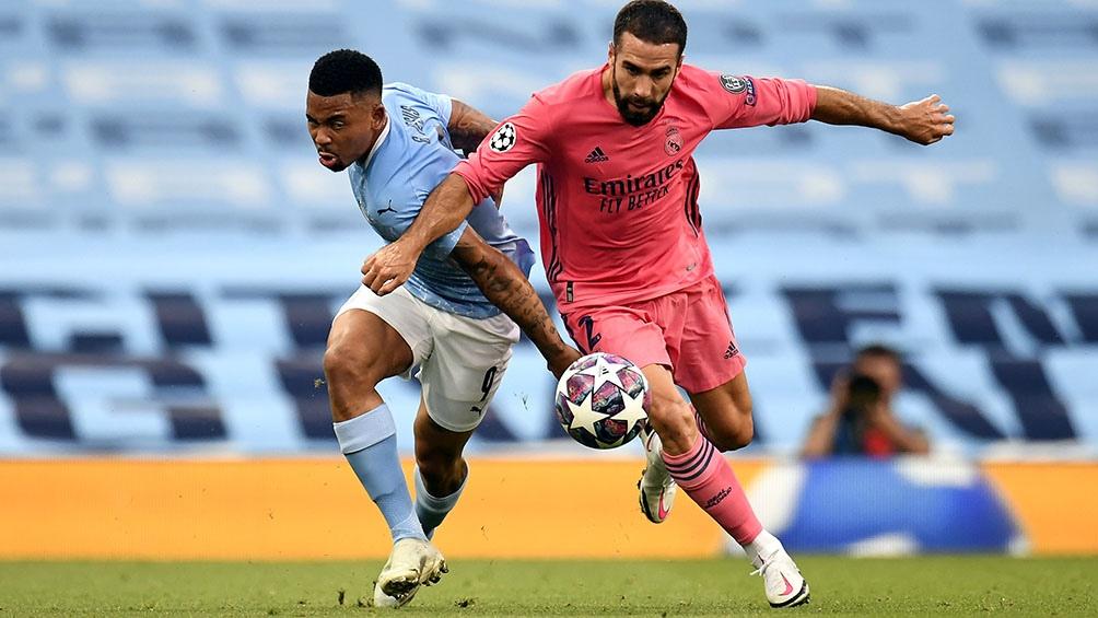 Manchester City eliminó al campeón y ahora jugará ante Lyon