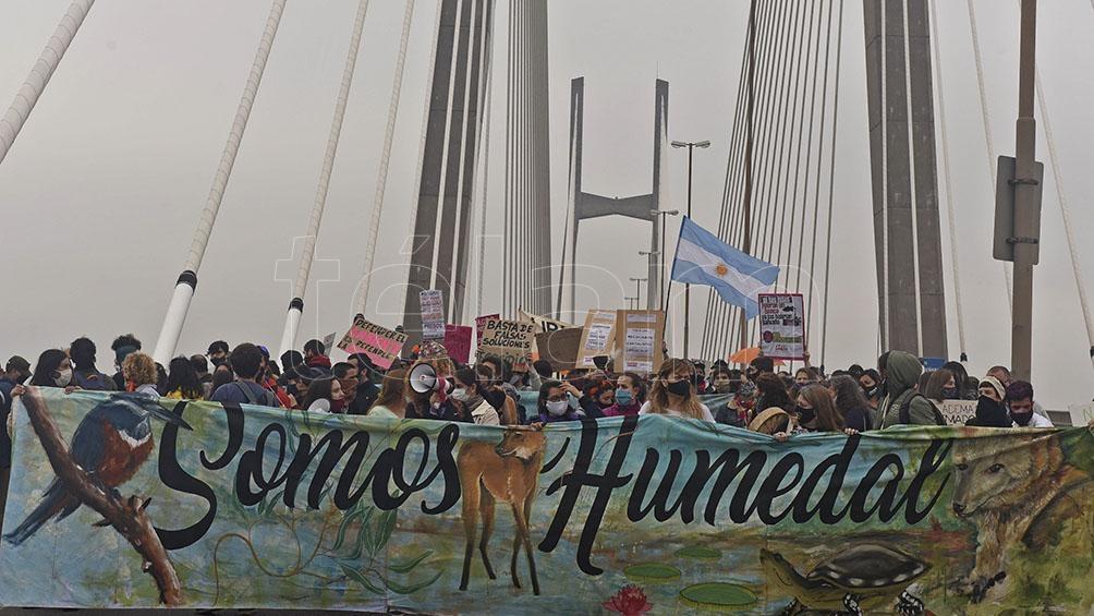 Los manifestantes reclaman ya una Ley de Humedales.