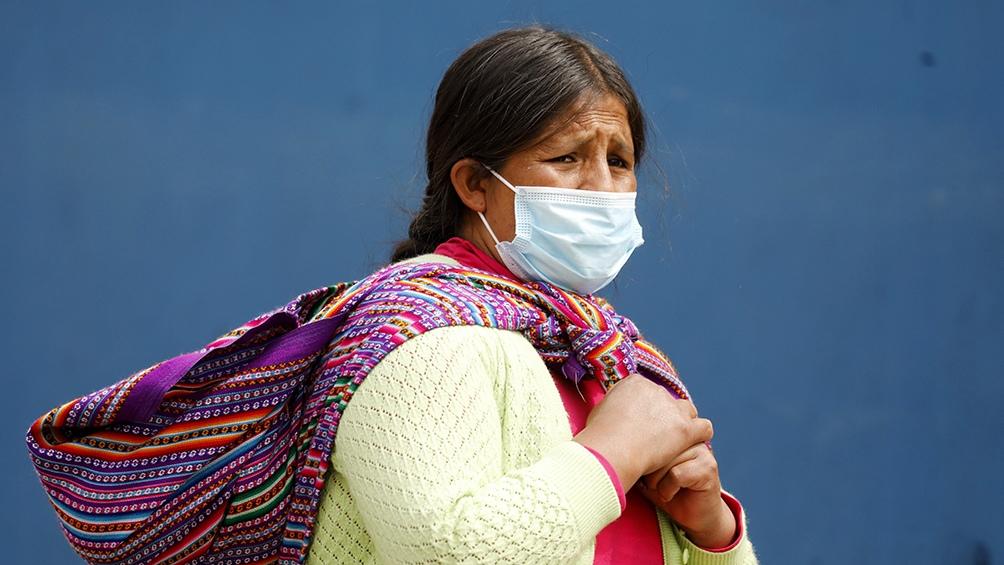 Perú ya acumula 1,02 millones de contagios y 37.991 decesos