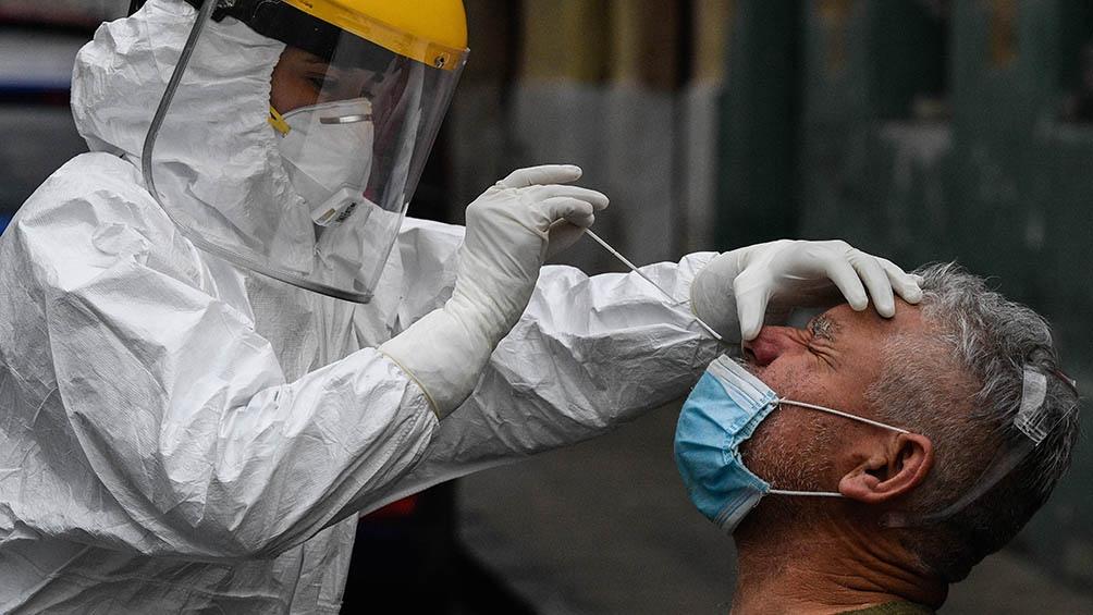 En las últimas 24 horas, Chile comunicó 93 fallecidos por coronavirus y la cifra total aumentó a 10.671.