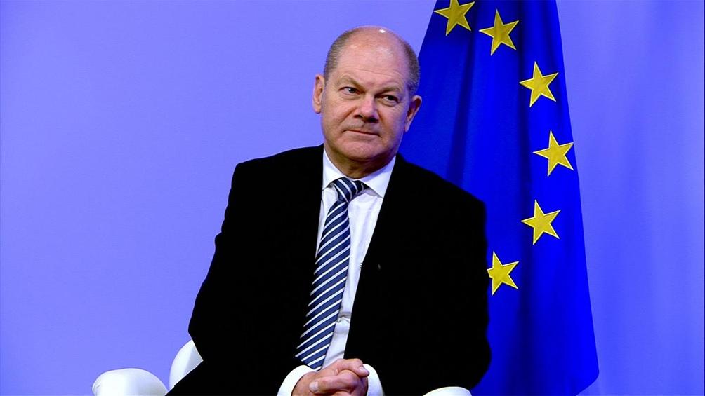 Olaf Scholz lidera las encuestas con el SPD