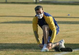 Julio Buffarini preparado para los ejercicios.