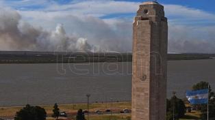 Notificaron a más de 100 personas y detuvieron a cinco por nuevos incendios en islas del Paraná