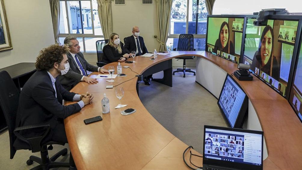 Encuentro virtual encabezado por el Presidente con más de 90 integrantes del área joven de la UIA.