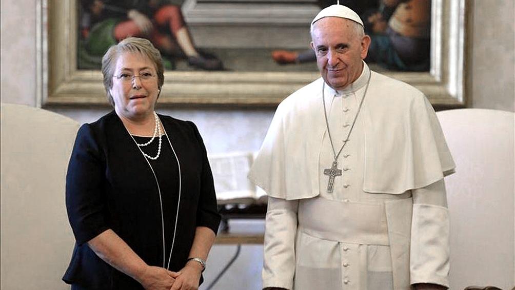 Bergoglio y Bachelet no se veían desde la visita del pontífice a Chile en enero de 2018