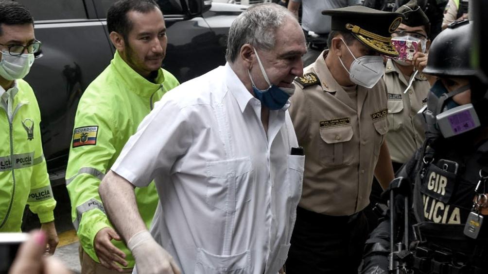 La acusación formal contra Bucaram es por delincuencia organizada