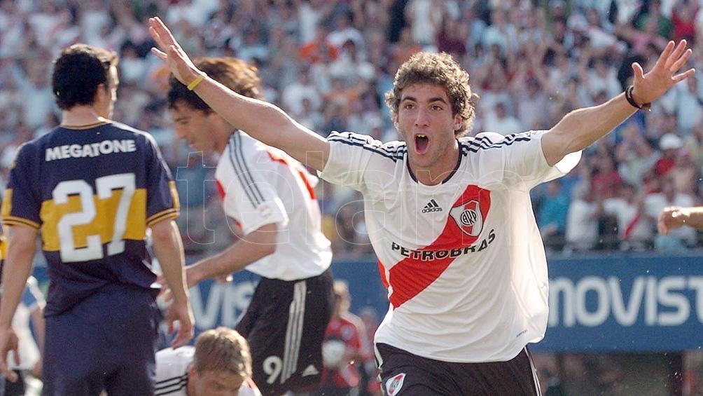 El ex delantero de River es seguido de cerca desde Estados Unidos y un equipo del Calcio (foto archivo)