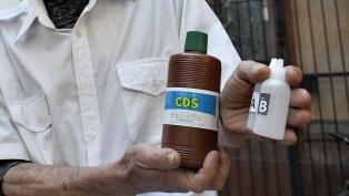 Una junta médica determinará la causa de muerte del niño que ingirió dióxido de cloro