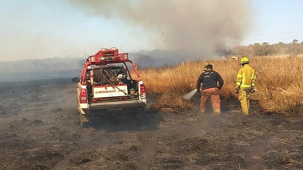 El gobierno provincial montó una base de operaciones en Cosquín para coordinar el combate a los incendios.